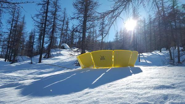 cuiseur solaire a la montagne